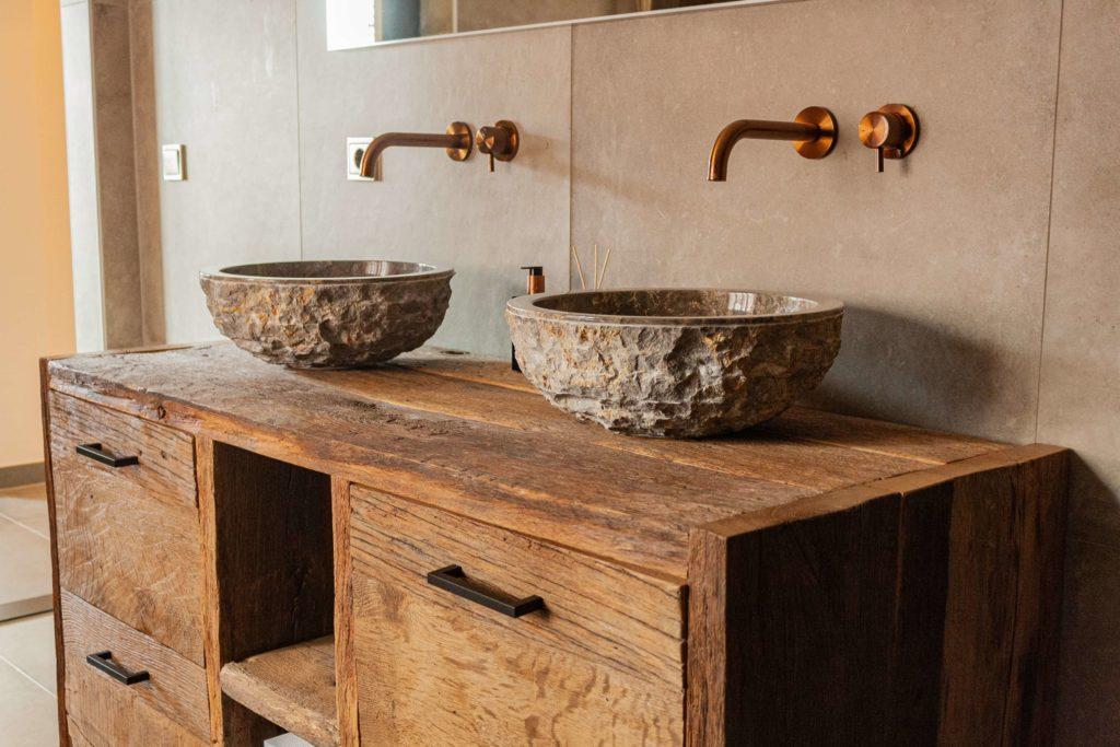 Barnwood steenbergen badkamer